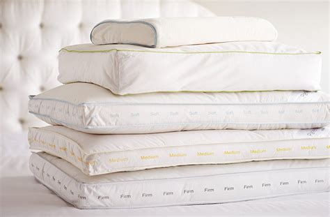 Size Pillows by Bedding Guide What S The Best Pillow For Your Sleep