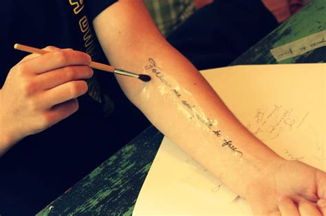 how to make temporary tattoos last make tattoos that last a few days to see if your like