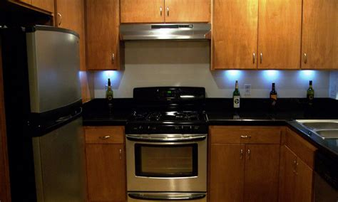 battery powered kitchen cabinet lighting