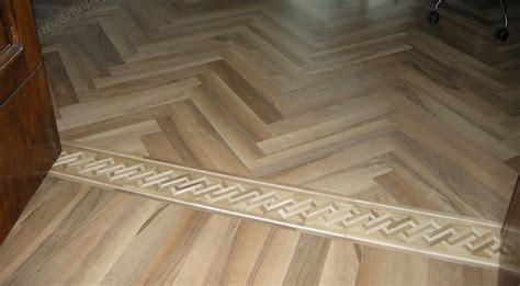 pavimento di legno pavimenti a disegno in legno a pavinlegno