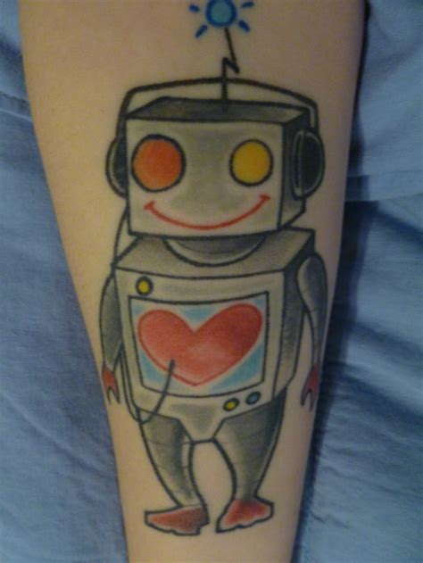 robot tattoo my robot done by daniel lewter who now works at