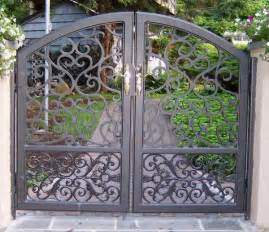 Decorative Iron Fence Rod Iron Gate Locks Wrought Iron Gate 001 China