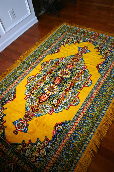 vintage rugs tips on decorating vintage rug golden yellow eclectic bohemian home decor