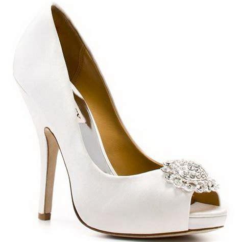 badgley mischka bridal shoes badgley mischka bridal shoes 2011 08isha boutique
