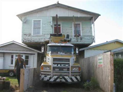 moving houses new zealand house moving made to look easy youtube