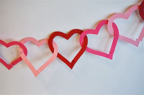 Paper Hearts - cats on the homestead paper garland