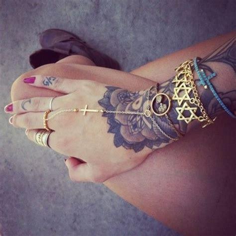 finger tattoo hipster jewels gold cross bracelets ring earrings hipster