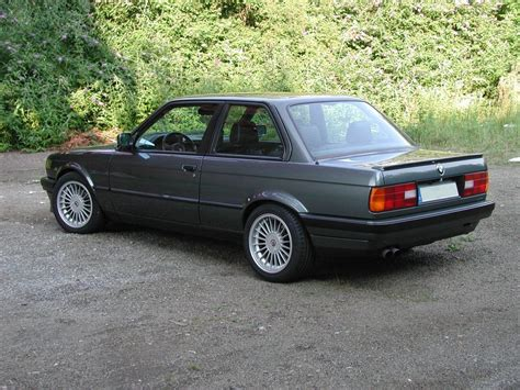 bmw vintage coupe bmw e30 325i all bmw bmw coup 233 voiture