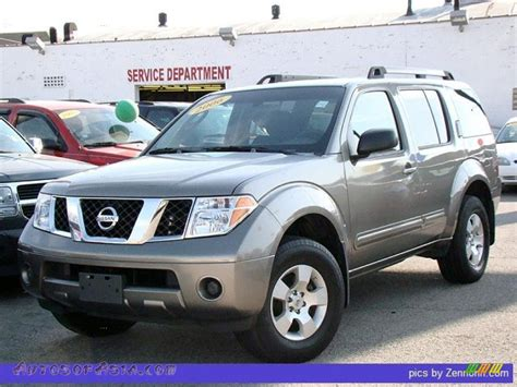 grey nissan pathfinder 2006 nissan pathfinder s 4x4 in storm grey metallic