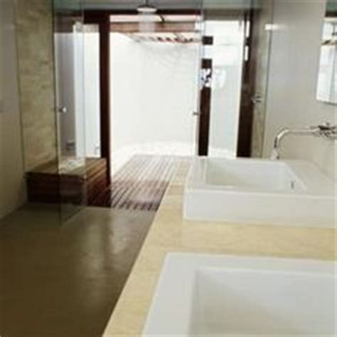 Cleaning Shower Door Tracks 1000 Images About Cleaning Aluminum Shower Door On Pinterest
