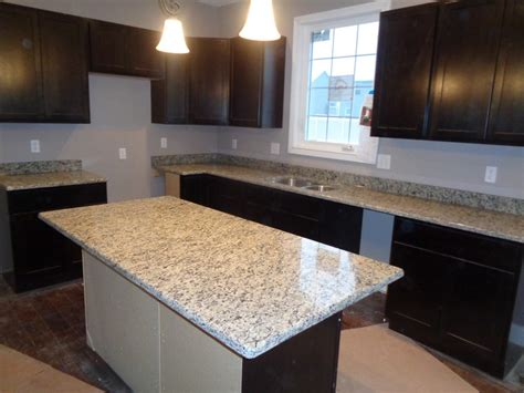Santa Cecilia Light Granite Kitchen Pictures Santa Cecilia Light Beautiful Santa Cecilia Light Yellow Countertop Granite Kitchen Top Pre