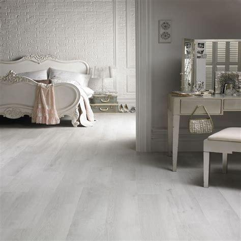 laminate bedroom flooring best 25 white laminate flooring ideas on pinterest