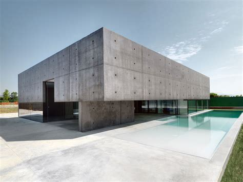 concrete walls architecture magazine