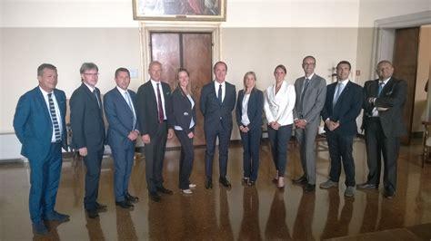 ufficio di collocamento venezia regione zaia deposita il programma della legislatura 2015