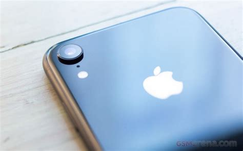 report iphone xr made up 32 of iphone sales in its month gsmarena news