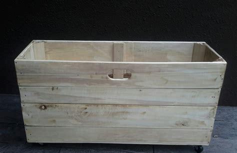 alacena con cajas de madera donde comprar cajas de madera para fruta alacena para