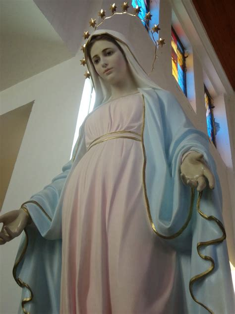 medjugorje es la virgen maria en medjugorje peregrinaci 243 n a medjugorje con mar 237 a reina de la paz en