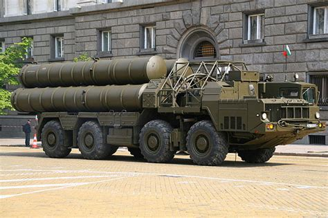 Russia Army S 300 Missile Launching Vehicle Sa 10 Grumble Radar germany criticises russia s decision to sell iran missiles