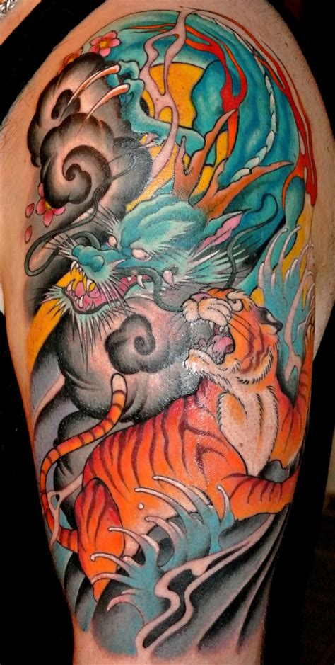 tattoo dragon vs tiger tiger vs dragon tattoo danielhuscroft com