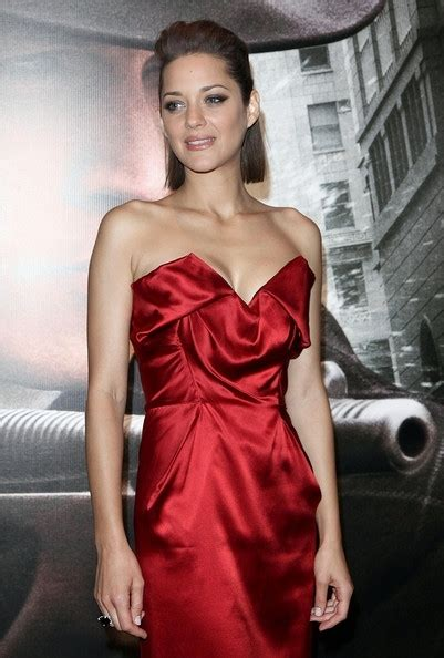32 Most Fabulous The Rein Of The Ruche Looks by 9 Fashion Forward Looks From Marion Cotillard Fashion