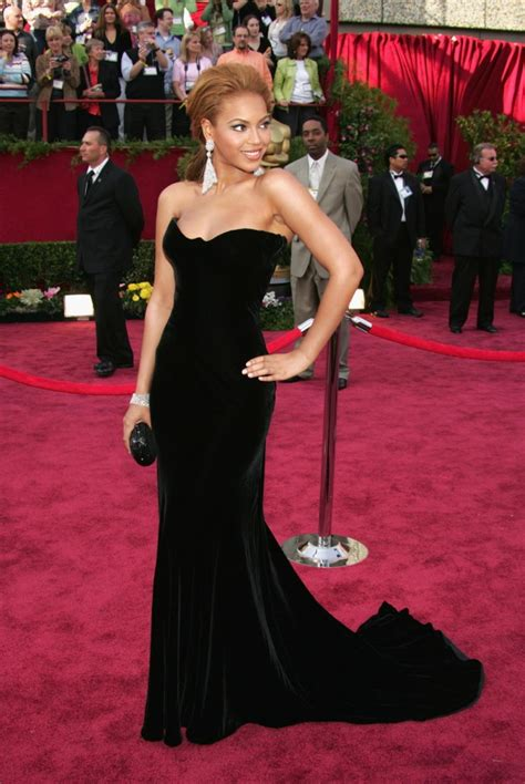Beyonce Goes Versace by Beyonce 2005 Photos Best Oscar Dresses Of All Time