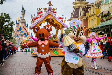 new year parade characters max goof and three pigs will on two new disney