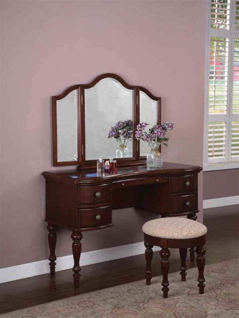 Vanity In Bedroom Bedroom How To Add Value On Antique Bedroom Vanities Vanity Desk With Mirror Vanity Sets For