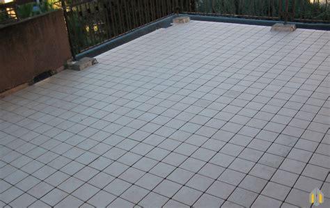 guaina per terrazzo impermeabilizzanti per terrazzi materiali