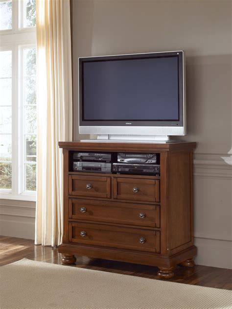 bedroom dresser media center 532 114 vaughan bassett furniture reflections