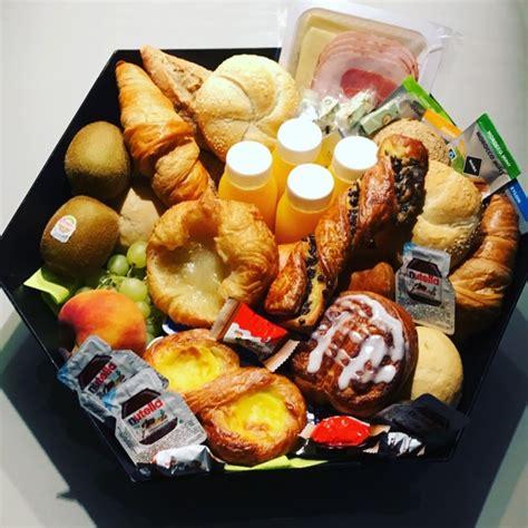 ontbijtmand aan huis het presentje levert uw ontbijtmand geschenkmand gratis