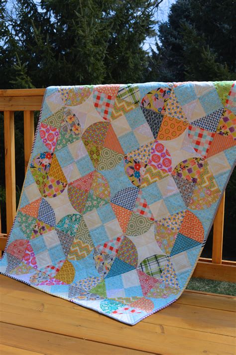new quilt pattern quot tipsy quot in quarterly color