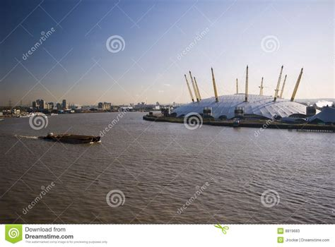 thames river boats to o2 arena o2 arena and river thames stock image image of docklands