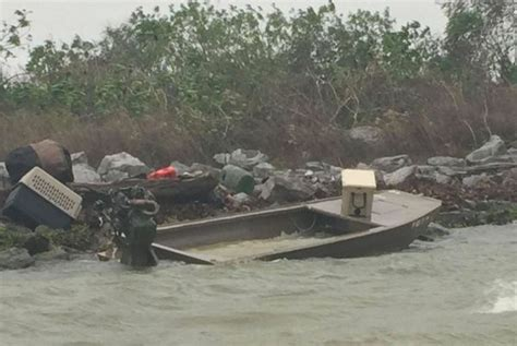 duck hunting creek boat three duck hunters rescued sunday near pilottown