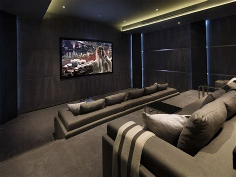Home Theater E Lco home on studded oriole way