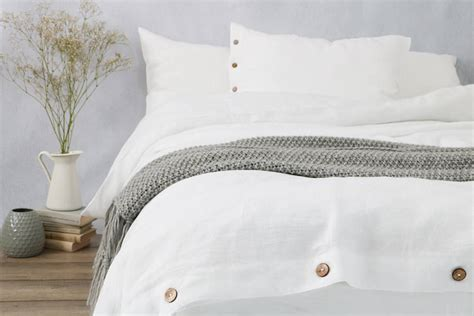 White Linen Duvet Cover with Buttons » Sevensmith
