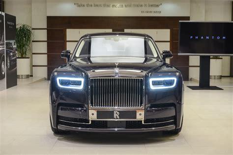 roll royce qatar 2018 rolls royce phantom makes middle eastern debut oman