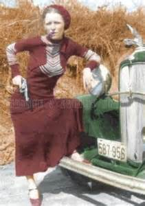 bonnie and clyde photos in color cigar pose