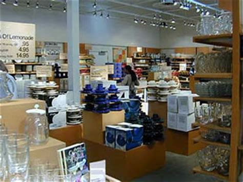 outlet berkeley california crate and barrel outlet shopping on fourth in