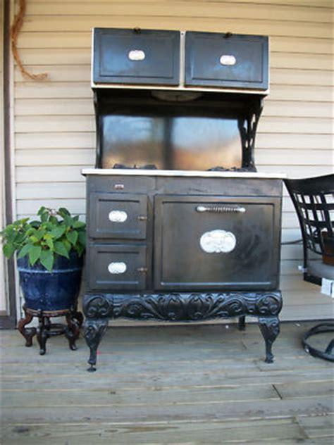 country kitchen stove country kitchen stove3234680pixmac kitchen cupboard