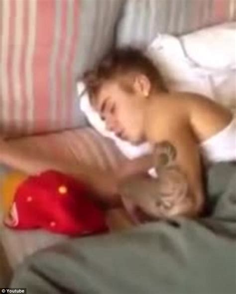 masturbation before bed miley cyrus caught on camera in justin bieber s bedroom