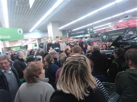black friday walmart chaos reaches uk  asda shoppers