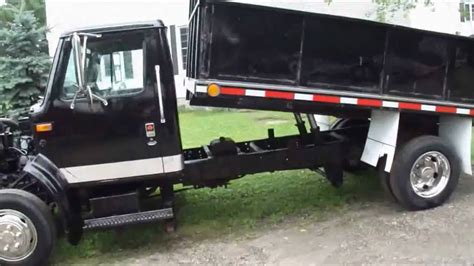 Dt 1c Watches 1990 international 4600 lo pro 7 3l diesel dump truck no