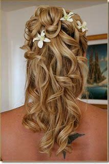jewish hairstyles wedding bridal updo with jeweled comb love having the veil