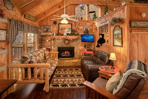 1 bedroom cabin cpoa com a love nest 1 bedroom cabin rentals in wears valley tn
