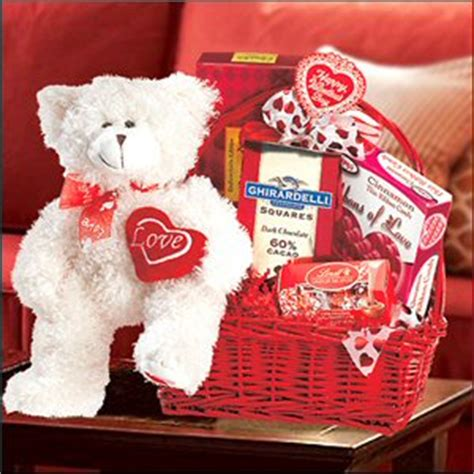 what do you get your bf for valentines day what to get your boyfriend for s day