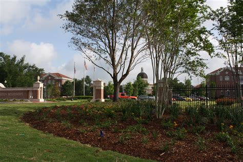 Landscaper Hattiesburg Ms Southern Miss Readies For Second Phase Of Broad