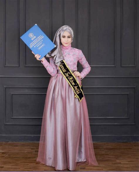 model kebaya wisuda modern hijab elegan  kebaya