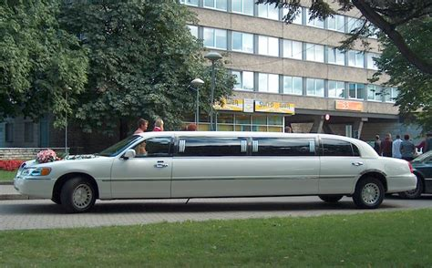 Town Car Limousine Service by Seattle East Town Car Service Your Nearby