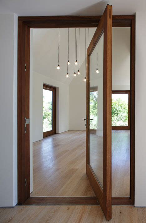 Howdens Fitted Wardrobes by 1000 Ideas About Mirror Door On Sliding Doors