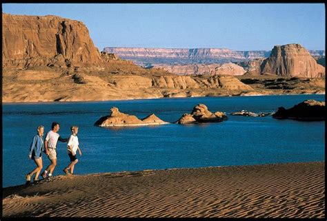 house boat rental lake powell explore some of the best hiking at lake powell